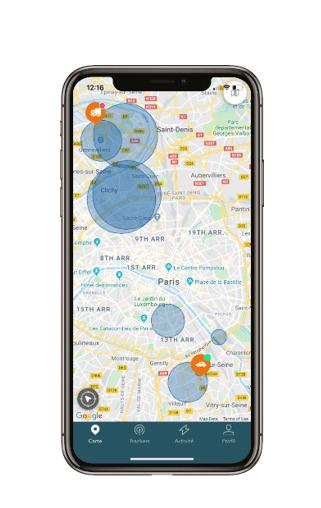 Image d'un téléphone avec l'application Trakmy